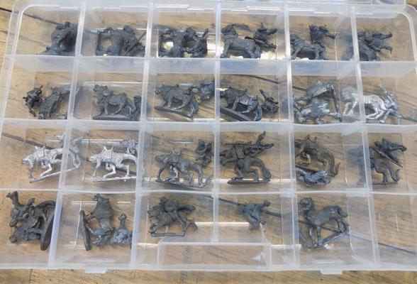 D&D/Warhammer 22 assorted mounts and riders