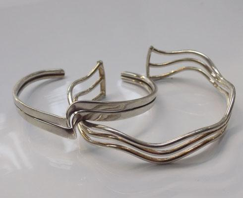 2 x solid silver bangles