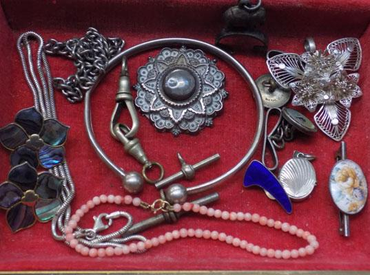 Selection of silver & white metal, incl. George Jenson locket + 9ct gold clasped coral bracelet