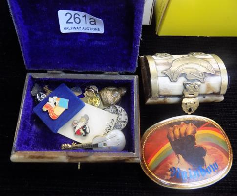 Two bone trinket boxes + 1977 buckle & selection of badges