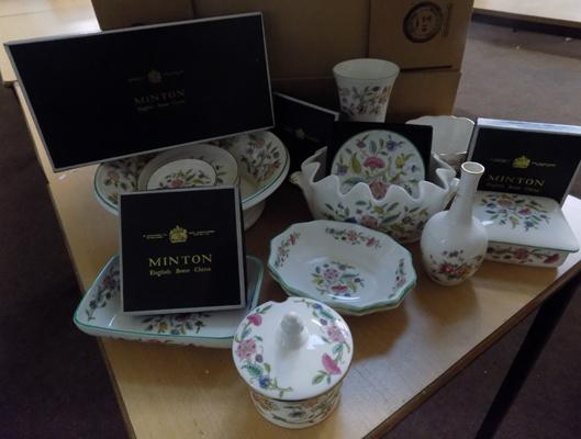 20 x pieces of Minton Haddon Hall