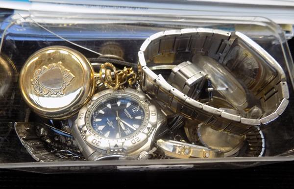 Tub of watches