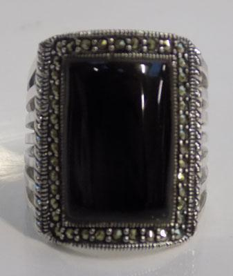 Art Deco silver jet & marcasite ring