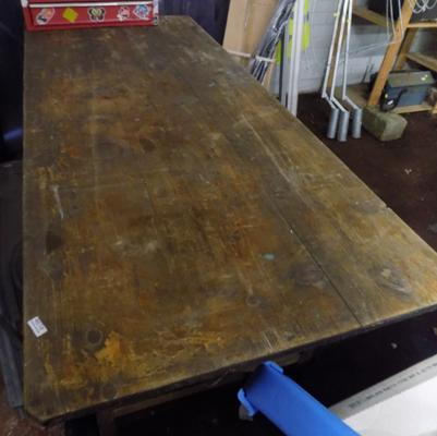 Large solid wood car boot table