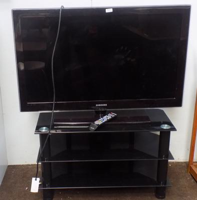 "Samsung 32"" TV with stand"