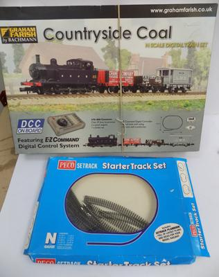 N Scale Graham Farish train set, Countryside Coal, with extra track