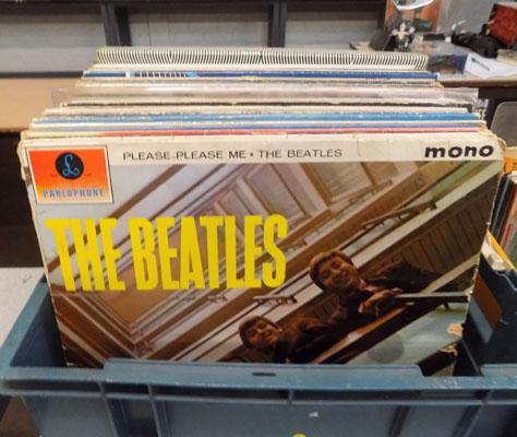 Box of 1960s collectable LPs