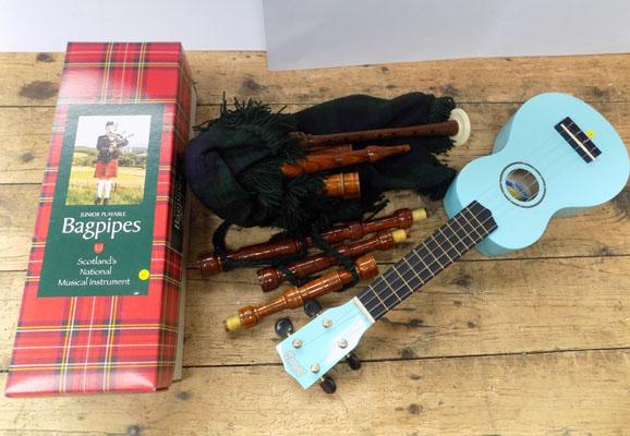 Junior bagpipes and ukulele