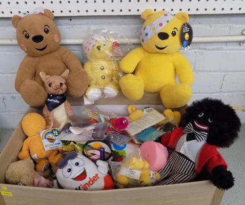 Large box of collectable charity items, incl. pin badges, key rings, soft toys etc...