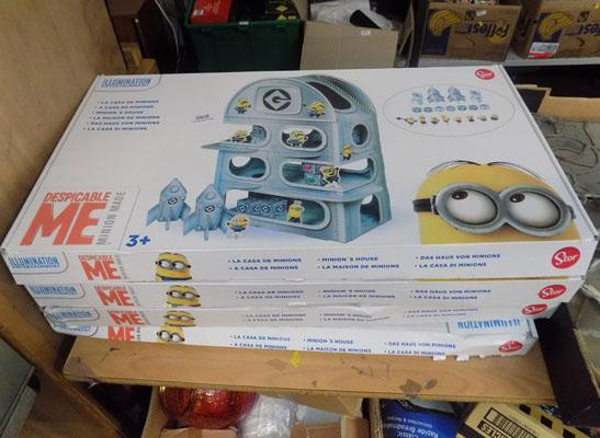 Four Minion playsets