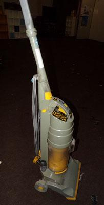 Dyson DC01 Vacuum Cleaner in working order