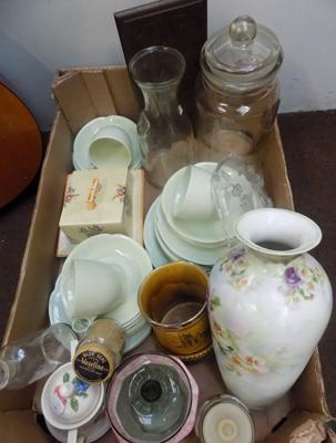 Selection of mixed items - including antique & vintage collectables