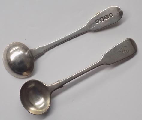 2x antique silver salt spoons - London
