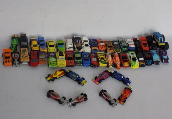 46 x 1993/ 2003 Hasbro Micro Machine cars (35) ringing cars (11)