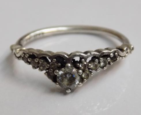 Genuine Pandora 925 ALE silver ring - Princess Tiara design