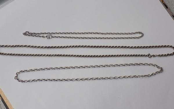 2x silver belcher chains and silver rope twist chain