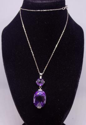 925 Silver chain with amethyst drop pendant