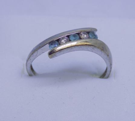 9ct Gold diamond & aquamarine crossover ring size K