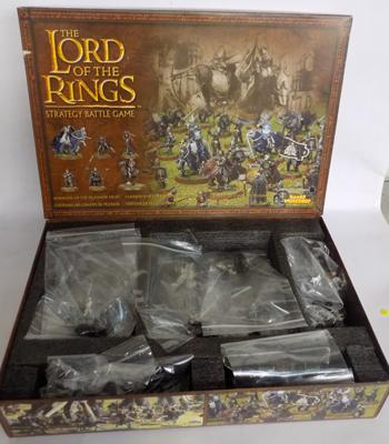 54 x Games Workshop Lord of the Rings metal and plastic figures