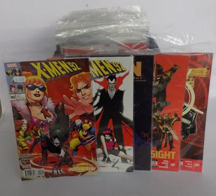 Approx 100 x Marvel comics incl. X-Men/ Hawkeye/ Black Knight/ Spiderman - odds several no.1s