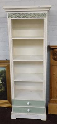Shabby chic free standing shelf