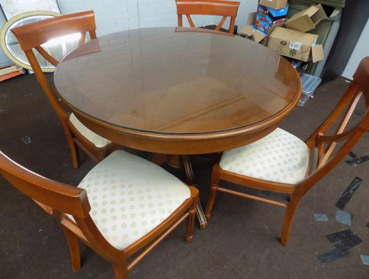 Round table & four chairs