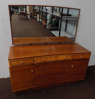 Mirrored back dressing table