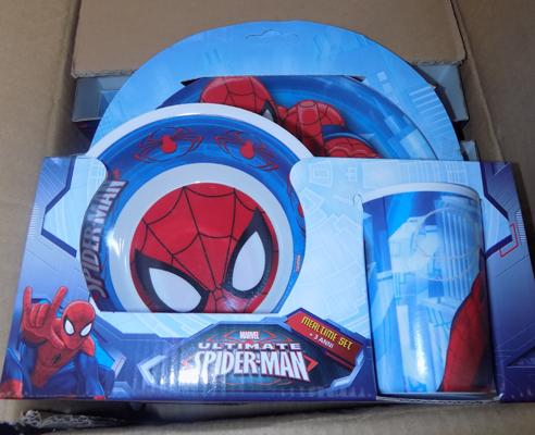 Eight Spiderman dinner sets