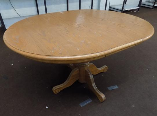 Solid pine oval dining table