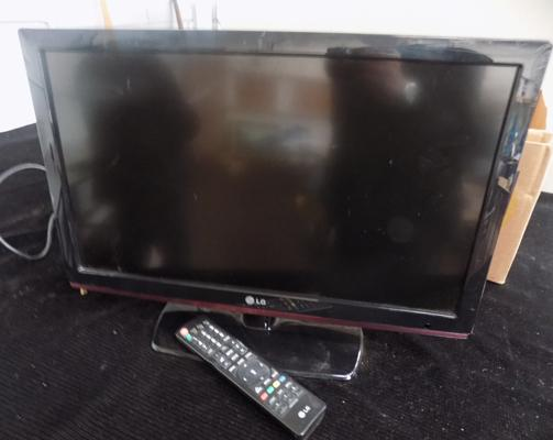 "22"" flat screen LG TV and remote"