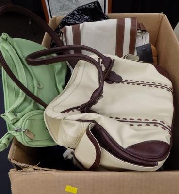 Box of mixed handbags