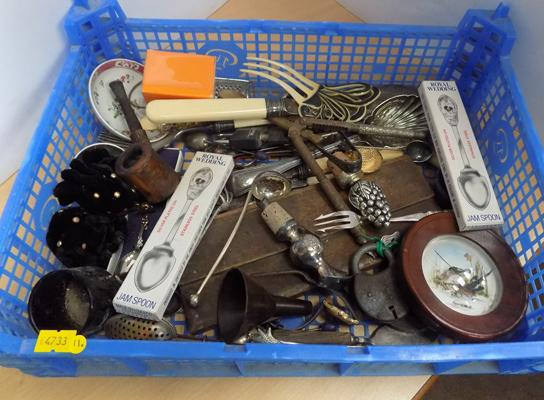 Mixed box of collectables incl. vintage hair grips