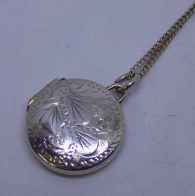 Vintage sterling silver locket on silver chain