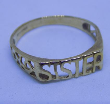 9ct gold 'sister' ring, size P
