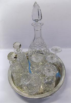 Tray of cut glass decanters, incl. crystal glasses