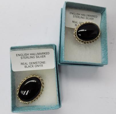 2 x sterling silver brooches in boxes - silver & black onyx
