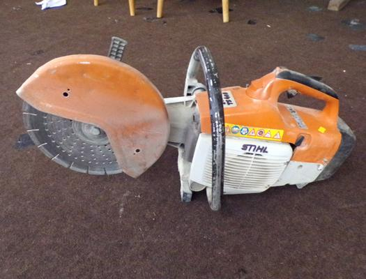 Stihl petrol stone saw, good condition, TS 400 model, good working order