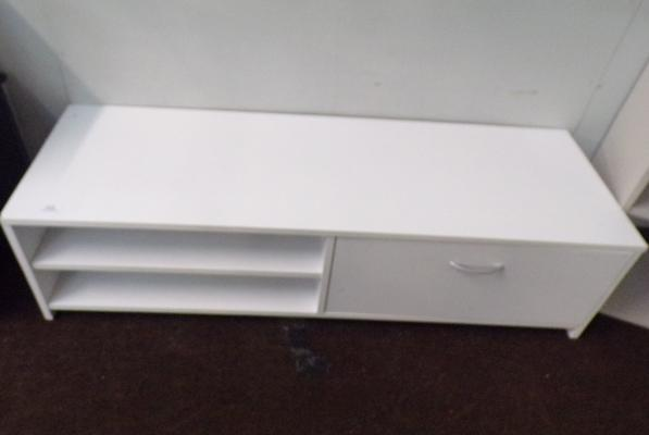 Low sideboard in white