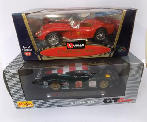 2 x 1:18 scale cars, boxed