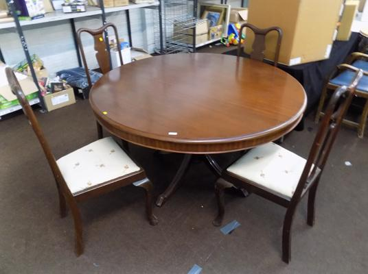 Vintage circular table & four chairs