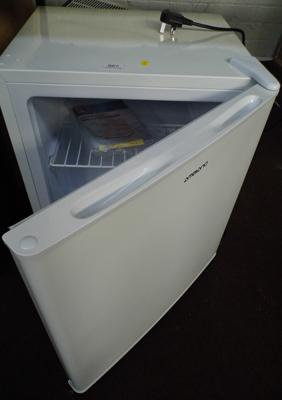 Ambiano table top freezer - perfect W/O, 6 months old