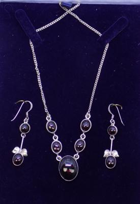 925 silver and garnet necklace and earring set