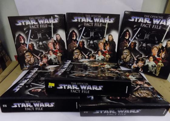 Complete set of Star Wars Fact Files, approx. 120 magazines, maybe one or two contents missing