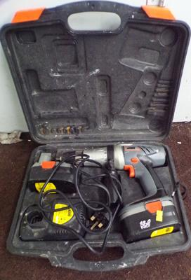 Challenge Extreme 18v cordless drill, charger, case & spare battery