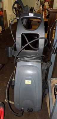 Large pressure washer
