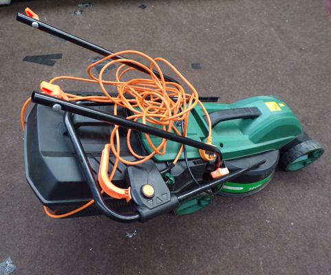 Garden electric mower 32 inch blade & collection box