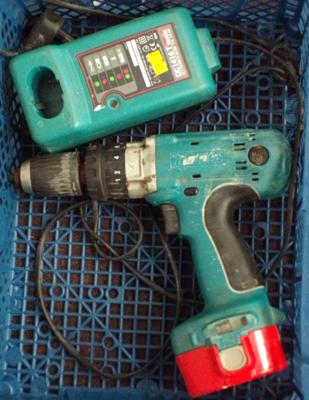 Makita drill,charger & case w/o