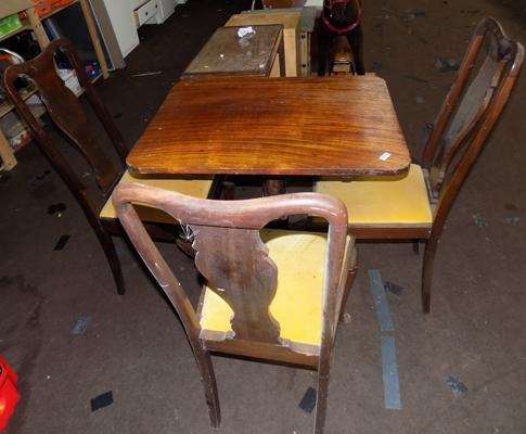 Tilt top table & 3 chairs