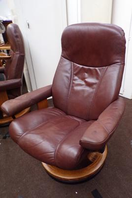 Stressless reclining chair - cost £899 new