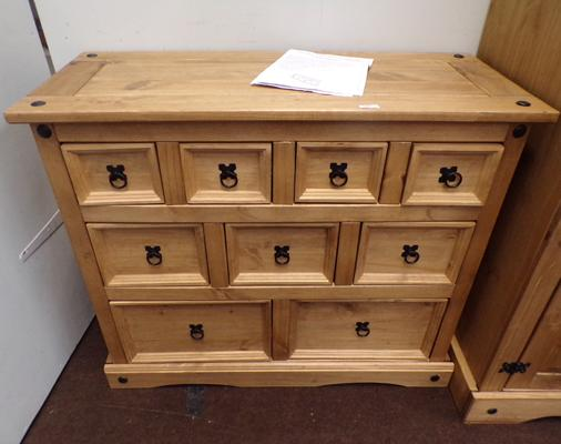 Rio solid chest of drawers, Merchant style